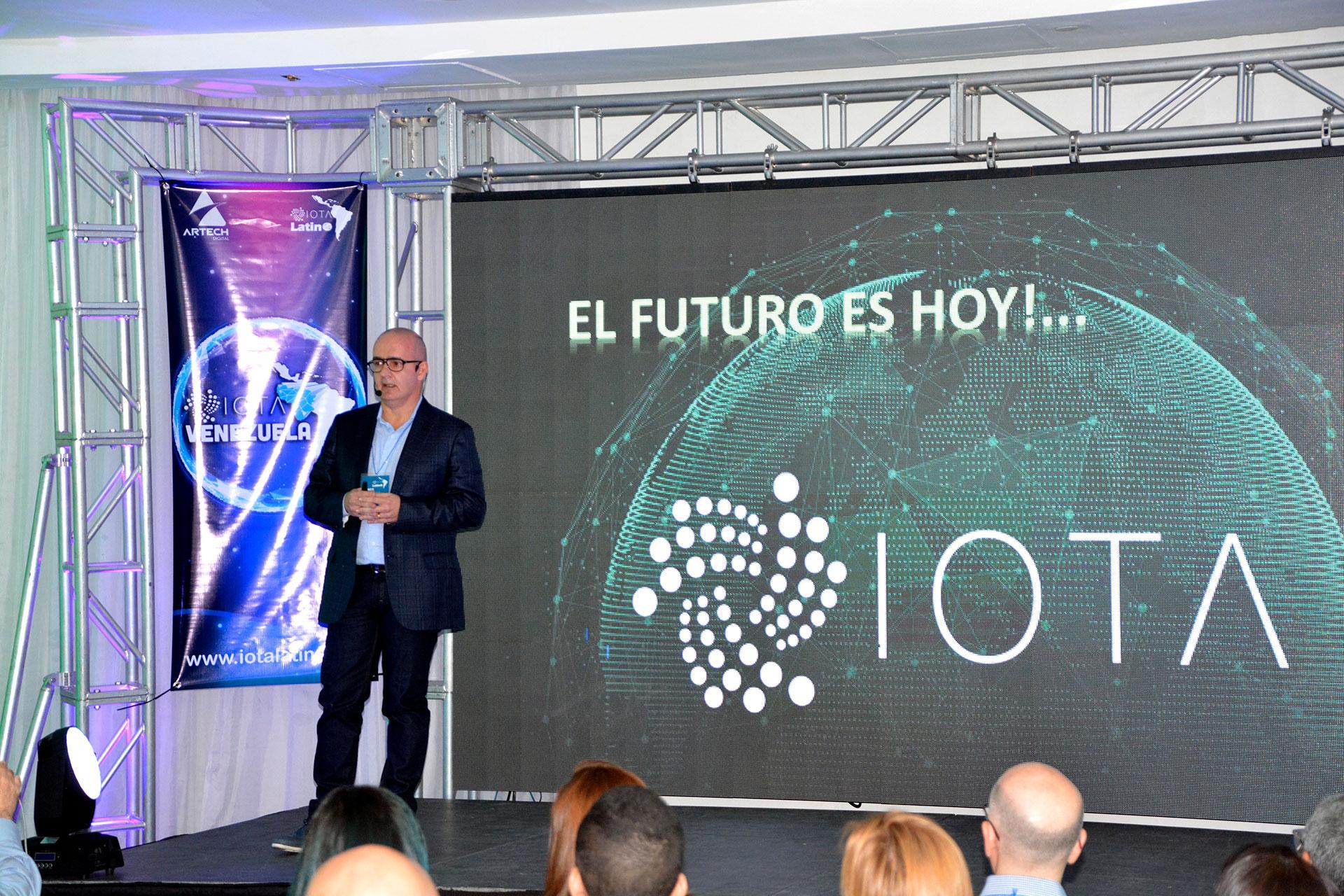 primer meetup de IOTA en Venezuela - Saul Ameliach - 8