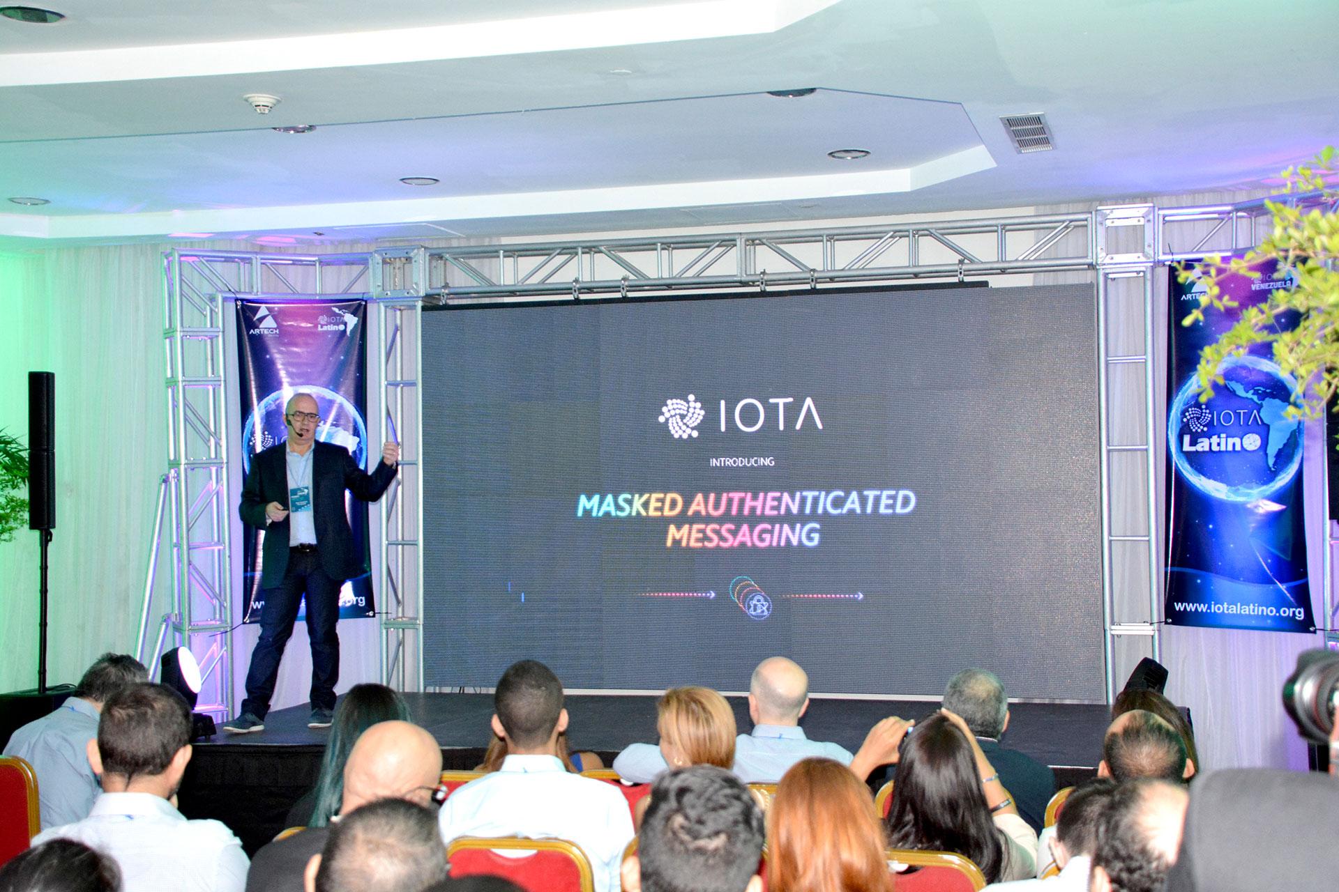 primer meetup de IOTA en Venezuela - Saul Ameliach - 7