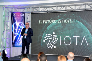 primer meetup de IOTA en Venezuela - Saúl Ameliach-IOTA-el futuro es hoy